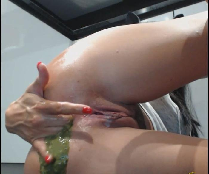 Blowjob and ass fingered
