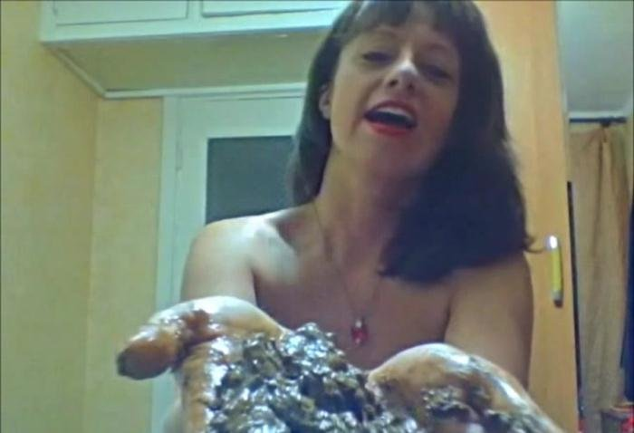 Dirty poo slut SD (Santara /  2018) 315 MB