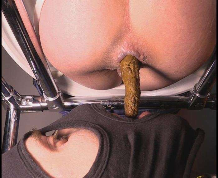 Mistress Jenny Takes A Dump In Her Slaves Mouth FullHD 1080p (Dina18 /  2018) 1.32 GiB