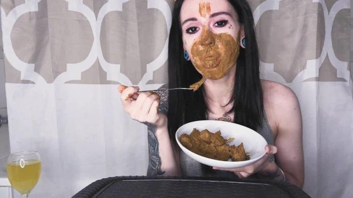 Real Scat Breakfast FullHD 1080p (DirtyBetty /  2019) 525 MB