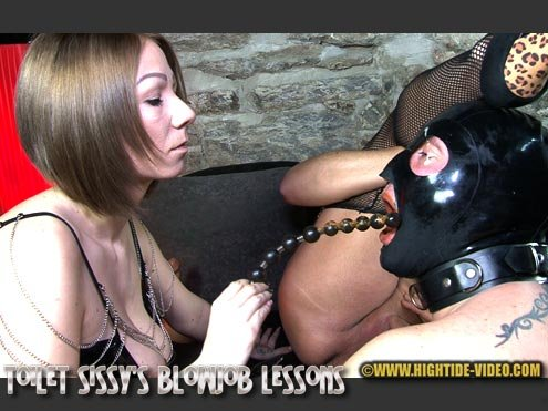 TOILET SISSY'S BLOWJOB LESSONS HD 720p (Miss Naomi, Miss Pia, 2 sissy slaves /  2019) 1.10 GB