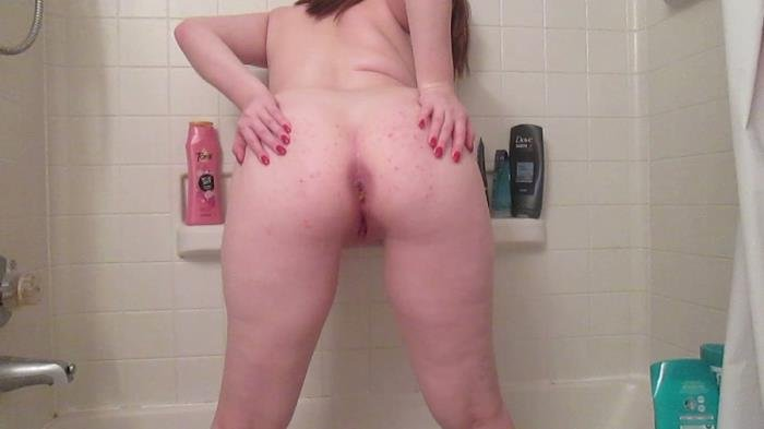 Poop and pee in the tub HD 720p (SexyScatForYou /  2020) 733 MB