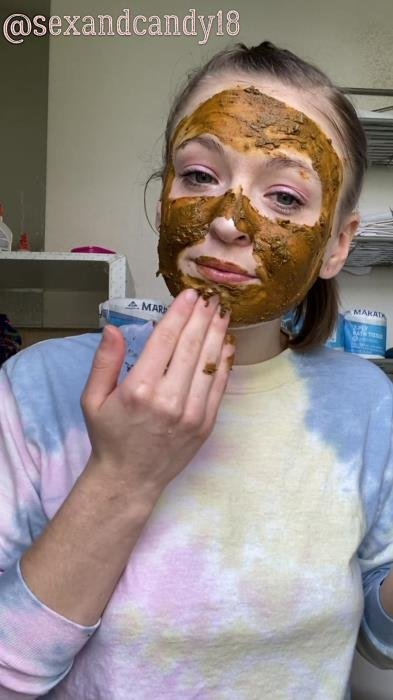 Teen's first diaper fill + face mask! UltraHD 2K (sexandcandy18 /  2020) 1.06 GB