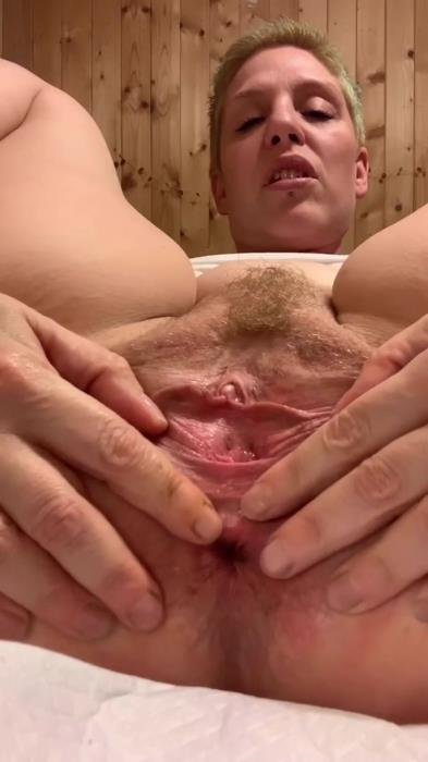 Jerk off to my Hole UltraHD 2K (XshayXshayX /  2020) 1.07 GB