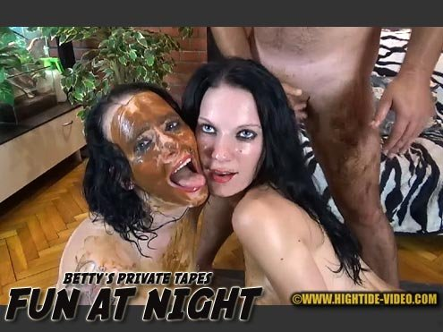 BETTY PRIVATE - FUN AT NIGHT HD 720p (Betty, Eliza, 3 males /  2020) 1.10 GB